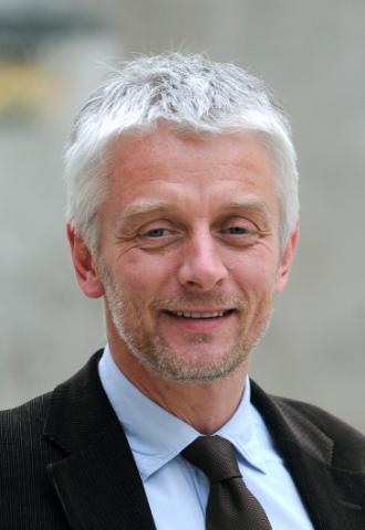 Mr.Hubert Julien-La ferrière